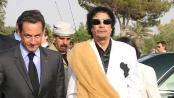 Sarkozy und Muammar al-Gaddafi im Juli 2007: Der Franzose soll vom libyschen Diktator 50 Millionen Euro an Wahlkampfhilfe erhalten haben.