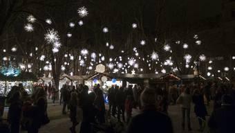 Einer der schönsten Orte des weihnachtlichen Basel: der Münsterplatz.
