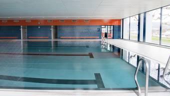 Die Dornacher und Doracherinnen wollen die Schwimmhalle Gwänd behalten.