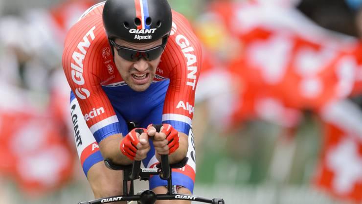 Tom Dumoulin im niederländischen Zeitfahr-Meistertrikot bei der Tour de Suisse vor zwei Jahren (Archivbild)