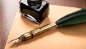 Das Testament: Entweder notariell beurkundet oder handgeschrieben.