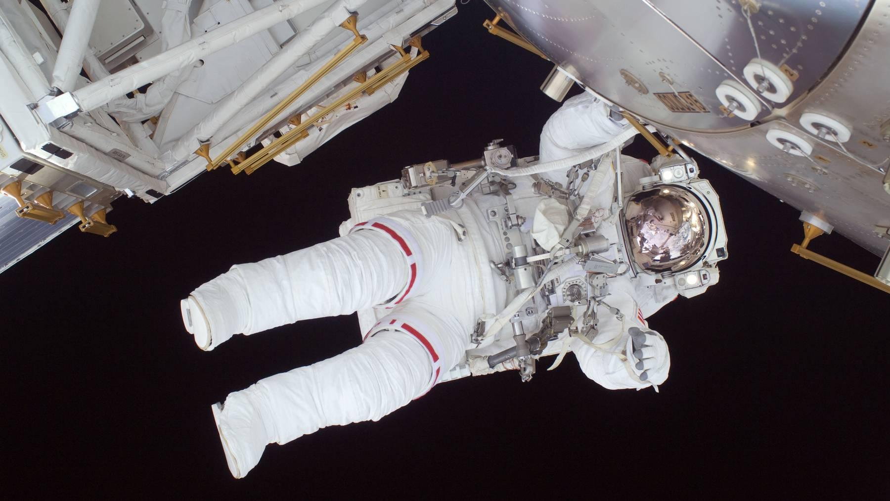 Monate auf engstem Raum, mit denselben Menschen. Für viele ein Albtraum, für Astronauten «All»-Tag.