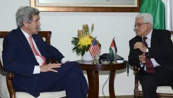 John Kerry (l.) und Mahmud Abbas in Ramallah