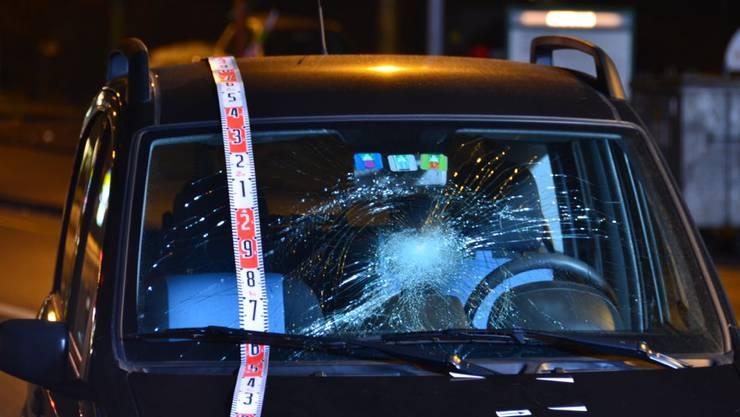Fussgängerin in Glattbrugg angefahren und schwer verletzt (4)