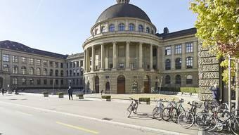 ETH-Rat entlässt Psyikprofessorin. Zum ersten Mal in der Geschichte der ETH wird eine Professorin entlassen.