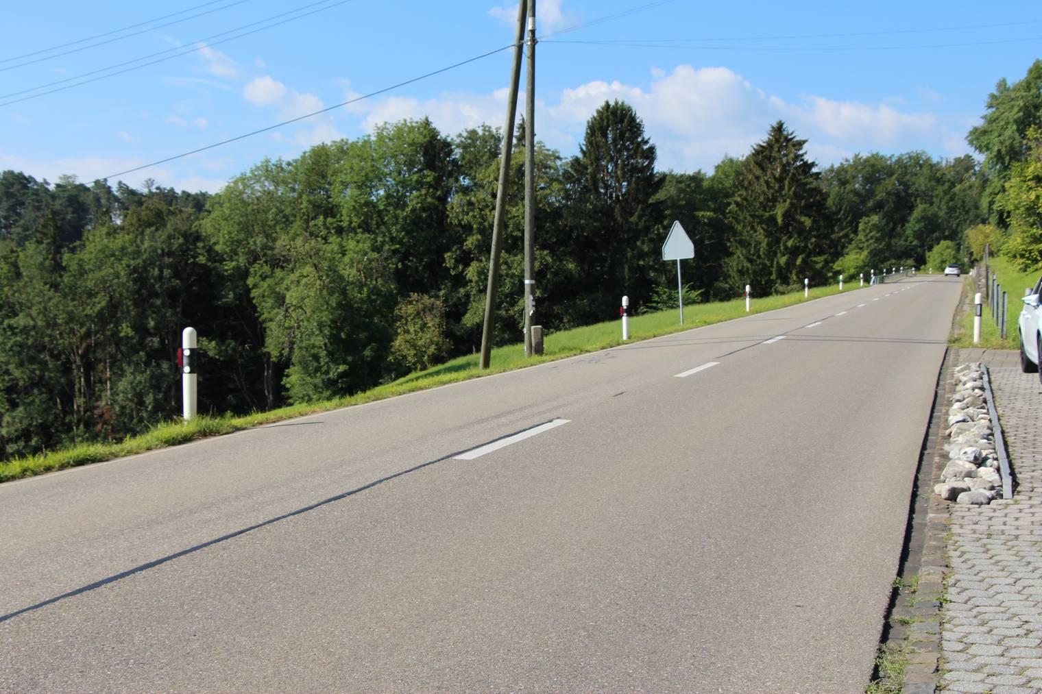 Auf dieser Strecke auf der Stossstrasse wird das Lärmmessgerät montiert.