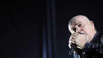 Peter Gabriel gibt ein Konzert in der restlos ausverkauften Arena in Genf.