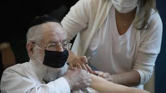 Coronaimpfung in Israel: Das Land legt ein Rekordtempo an den Tag.