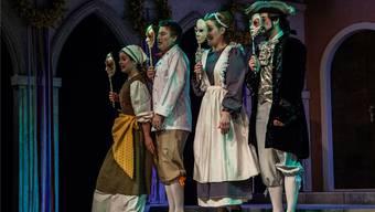 Annina, Pappacoda, Ciboletta und Caramello in ihren originellen Kostümen. Fotos: Peter Siegrist