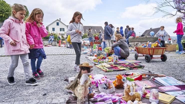 In Weiningen fand am 15. Mai 2019 der jährliche Kinderflohmarkt statt.