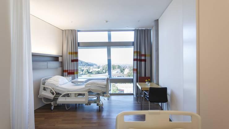 Ein Musterzimmer des neuen Solothurner Bürgerspitals: Noch hoffen alle, dass hier nicht vorzeitig Patienten untergebracht werden müssen.