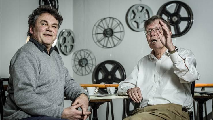 Der jetzige Präsident des Vereins TaB, Clo Bisaz (l.), und das Gründungsmitglied Erhard Trommsdorff trafen sich im TaB zum Interview.