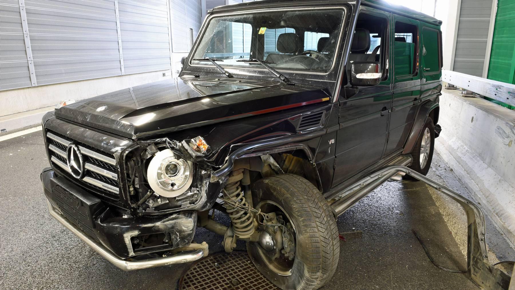 Am Luxuswagen entstand ein Schaden von rund 35'000 Franken.