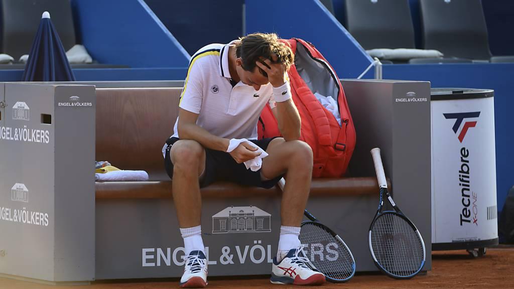 Mit dem Sieg vor Augen, muss Marc-Andrea Hüsler am Heimturnier in Gstaad verletzt aufgeben