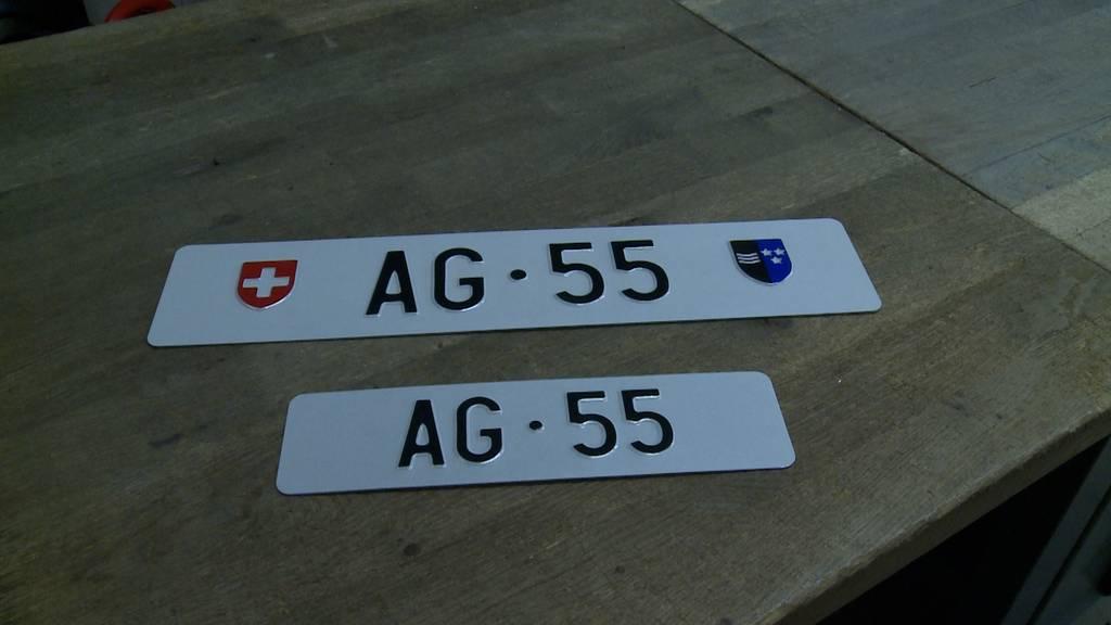 Autonummer AG 55 zu Rekordpreis versteigert