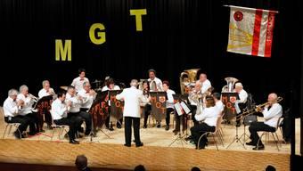 Die Trimbacher Blasmusikanten erfreuten mit dem Stück Donau-Wellen.