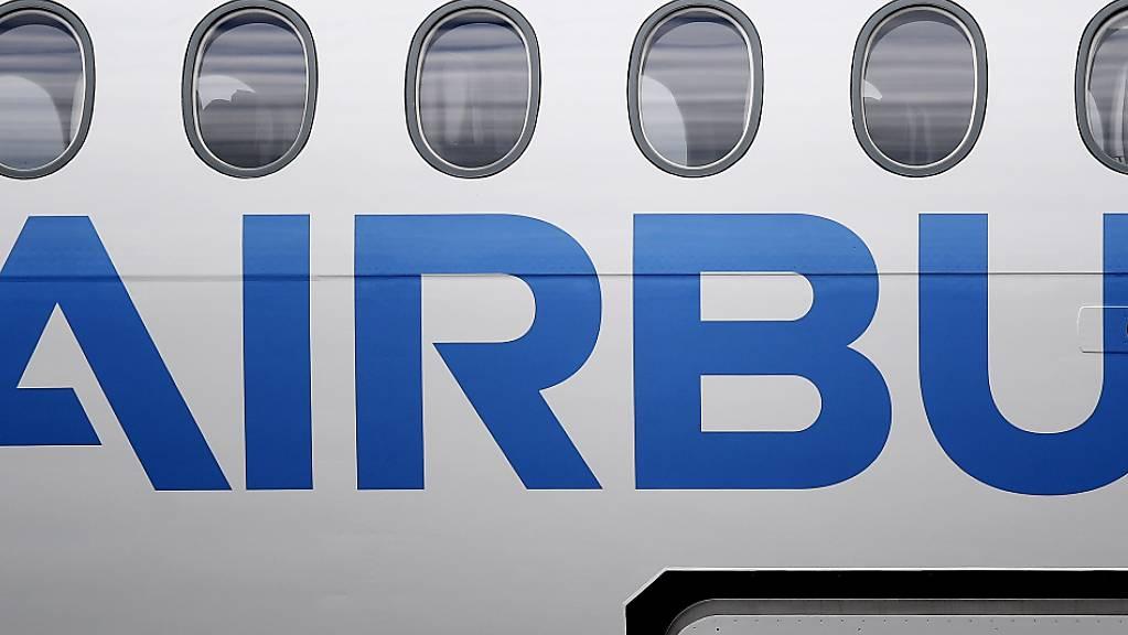 Beschaffung geheimer Unterlagen: Die Staatsanwaltschaft München ermittelt  wegen Spionageverdachts gegen Mitarbeiter des europäische Flugzeugbauers Airbus. (Archivbild)
