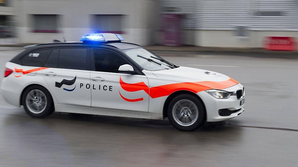Die Freiburger Polizei wurde am Samstagabend über das Tötungsdelikt informiert. (Symbolbild)