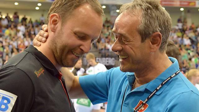 Trainertreffen: Deutschlands Dagur Sigurdsson (l.) und Rolf Brack