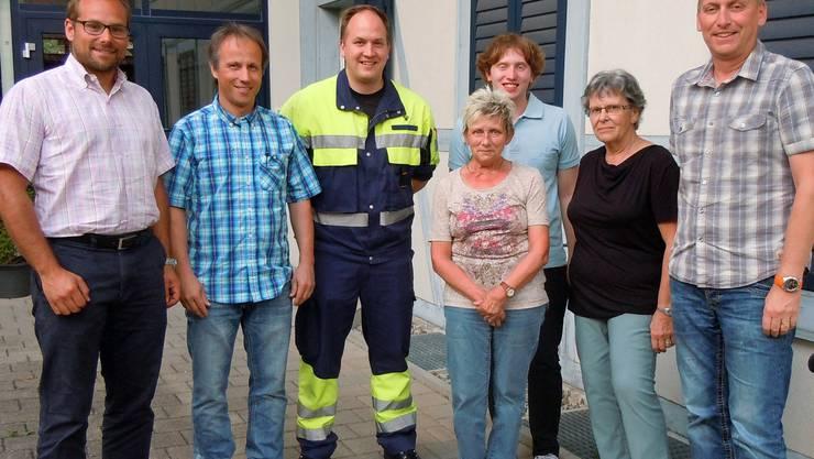 Der neue Vorstand vl: Isaak Meyer, Stephan Andres, Patrick Walker, Ursula Burkhard, Matthias Enggist, Ruth Röösli und Markus SieberWObalo Lohn