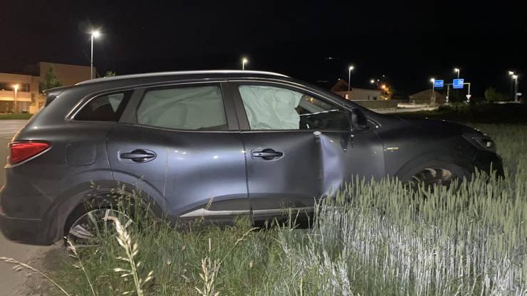 Die Polizei fand das Auto herrenlos vor, der Fahrer konnte später an seinem Wohnort ermittelt werden.