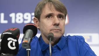 Bernhard Burgener sprach vor rund 50 Medienvertretern