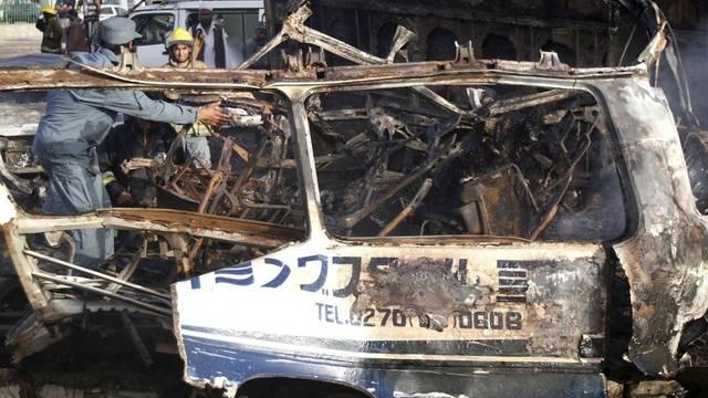 Beim Anschlag auf einen Bus starben mindestens 13 Menschen