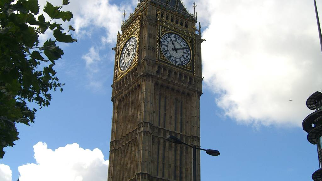 Brexit: Premier David Cameron tritt zurück!