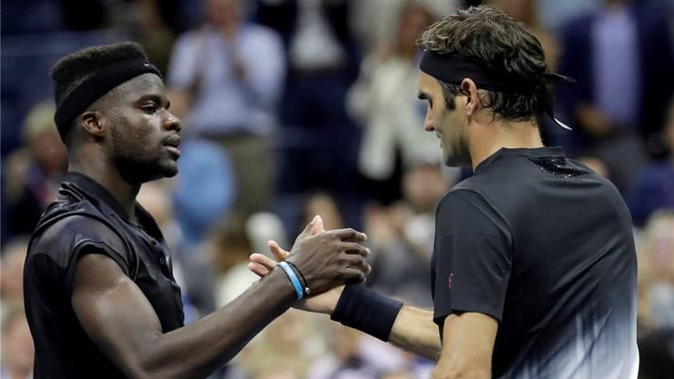 Genau wie bei den US Open, schaffte es Frances Tiafoe (links) wieder nicht Roger Federer zu schlagen.