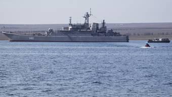 Mit der Konstantin Olshansky übernehmen die Russen das letzte ukrainische Kriegsschiff auf der Krim.