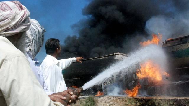 Eine Tanklasterexplosion reisst zahlreiche Menschen in Afghanistan in den Tod (Archiv)