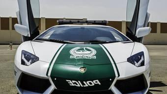 Wer wäre da nicht gerne Polizist: Dubais Ordnungshüter fahren mit Lamborghini Streife