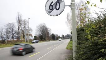 Geht es nach der Kantonspolizei, sollen die 80er-Strecken auf der Seestrasse des Bezirks Horgen bald Geschichte sein.