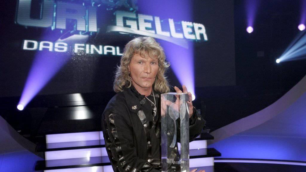 Mentalist und «The next Uri Geller»-Gewinner Vincent Raven ist am Boden zerstört: Vieles deutet darauf hin, dass seine Rabendame Corax am helllichten Tag gestohlen wurde. (Archivbild)
