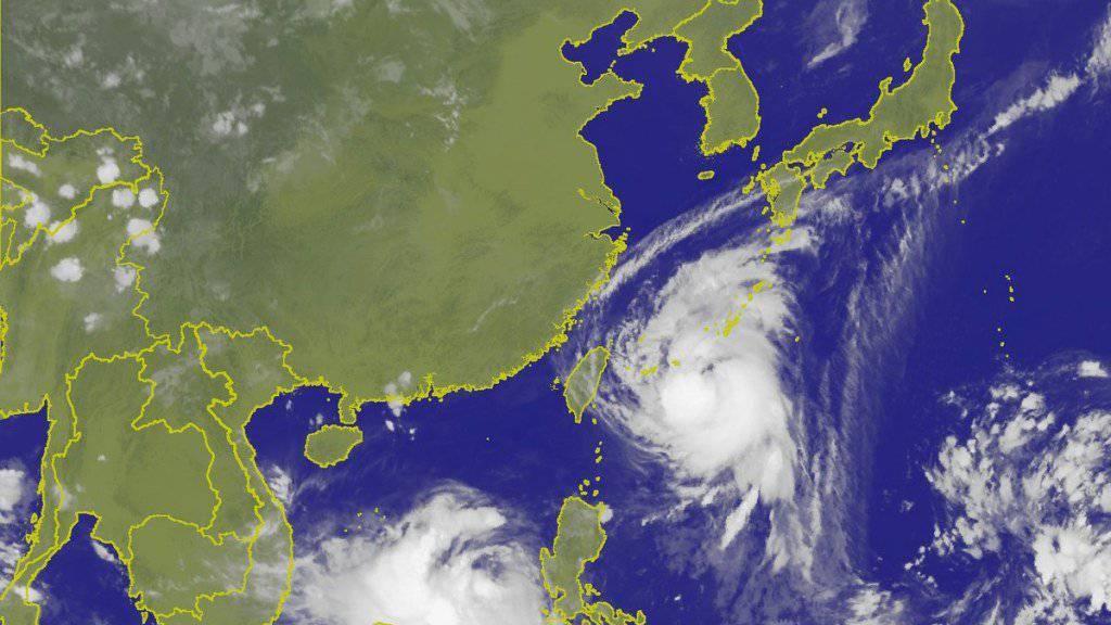 Rund 90 Flüge und 224 Schiffsüberfahrten gestrichen: Taifun «Talim» nimmt Kurs auf Südjapan.