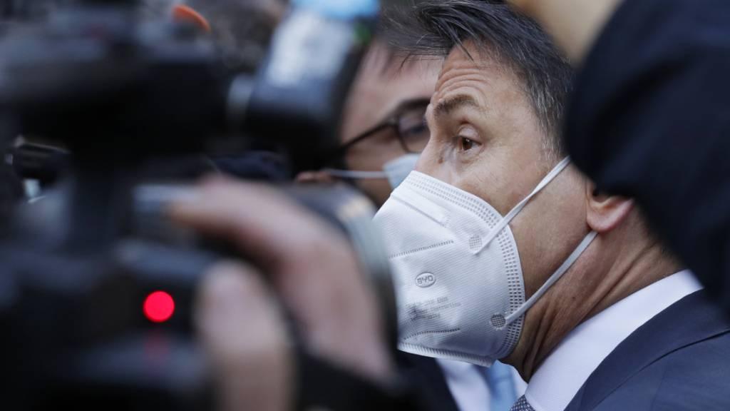 Italien sucht Wege aus der Krise - Parlament lädt Conte vor