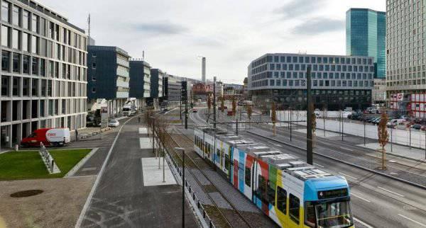Die Bernstrasse könnte wie die Pfingsteidstrasse dereinst ein Tram haben.