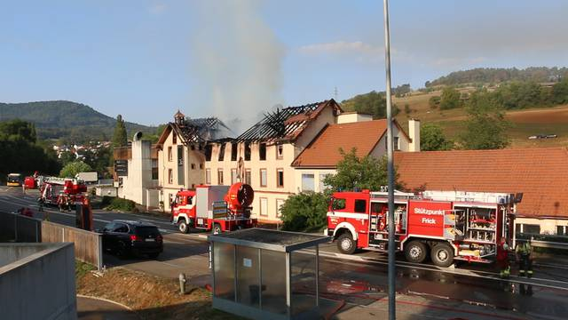 Herznach: Large fire in factory building - Fire brigade finds dead workers