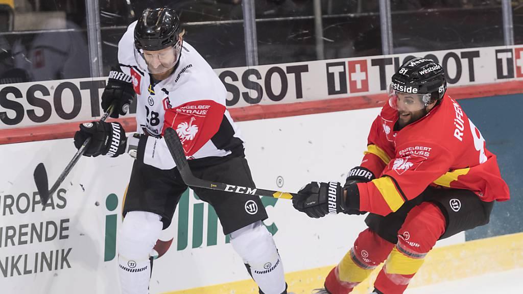 Jens Olsson (links, im Dress mit Malmö Redhawks) spielt bis zum Saisonende bei Genève-Servette