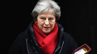 Wann verabschiedet sich Theresa May? (Archivbild)