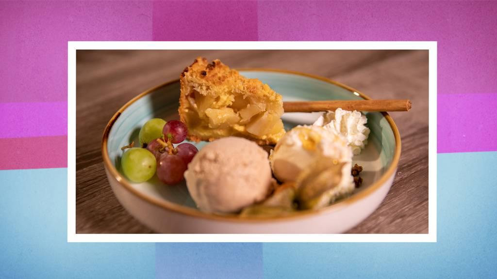 Apfelkuchen mit Glacé