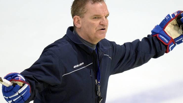 Sean Simpson, Coach und Sportchef in Kloten, muss sich über seine Torhütersituation bereits Gedanken machen