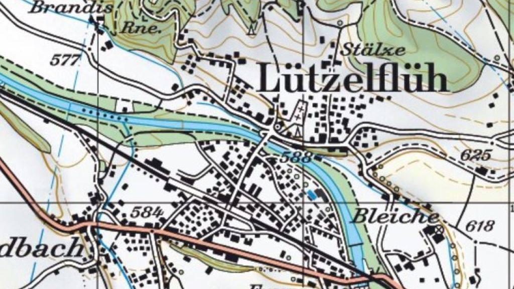 In der Emme bei Lützelflüh BE ist am Montagabend ein Knabe beim Baden ums Leben gekommen.