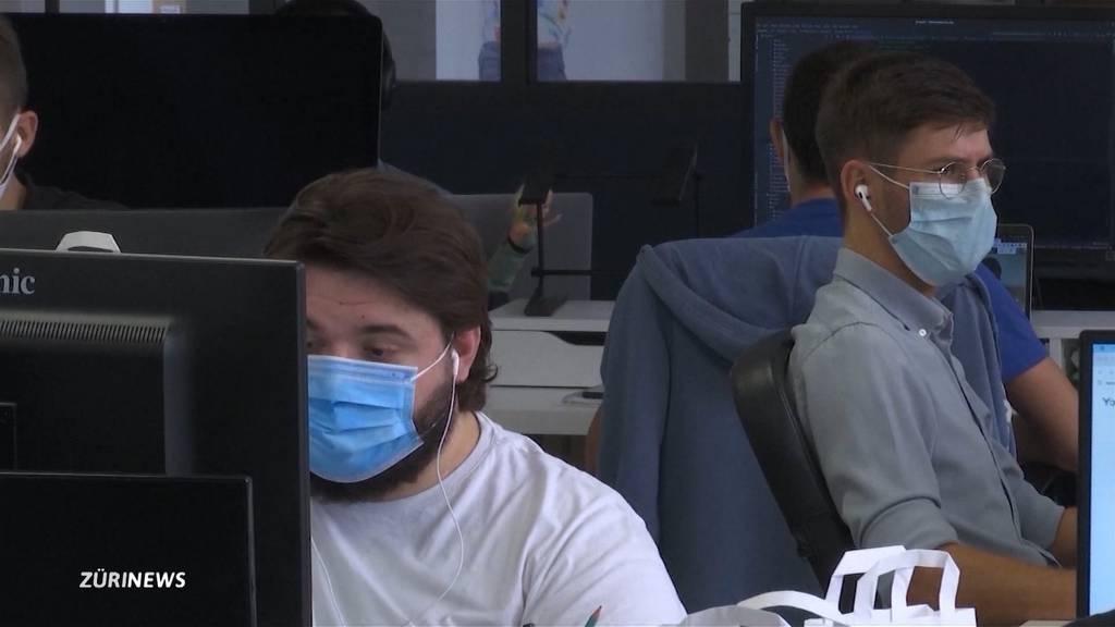 Braucht es nun die Maskenpflicht am Arbeitsplatz?