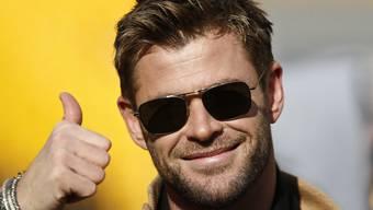 Schauspieler Chris Hemsworth führt das Publikum hinters Licht und macht gleichzeitig Werbung für Australien. (Archiv)