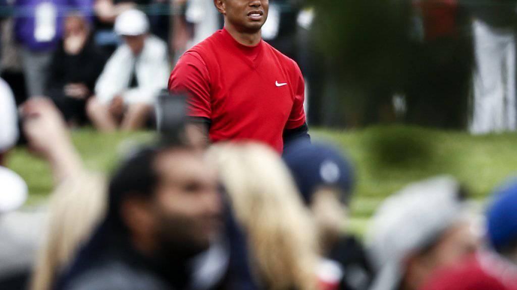 Obwohl er keine Chance auf den Sieg mehr hatte, zog Tiger Woods in der Schlussrunde das grösste Interesse der Fans auf sich