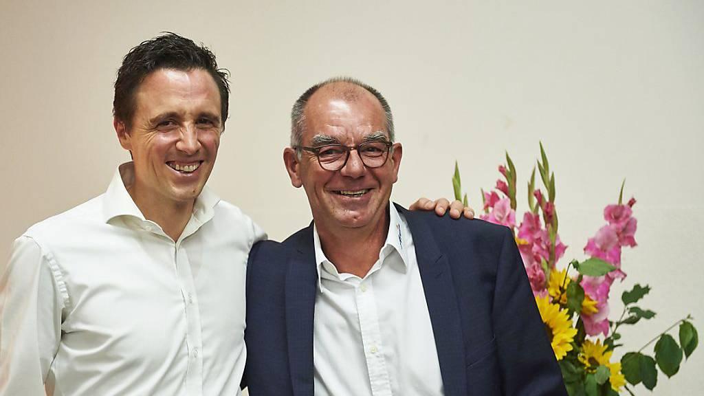 Pascal Jenny (links) der neue und Christian Menet, der abtretende Präsident von Arosa Tourismus.