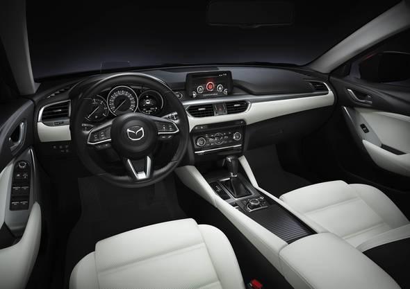 Das Cockpit mit simpler Bedienung.