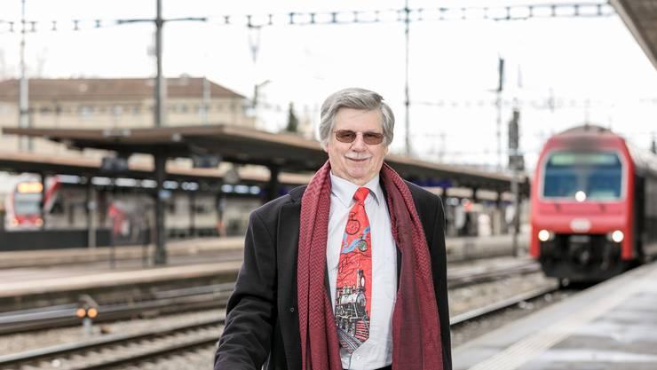 Edwin Dutler war schon in seiner Kindheit fasziniert von Eisenbahnen. Heute setzt er sich für die Verbesserung des Fahrplans ein