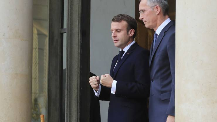 Der französische Präsident Emmanuel Macron empfängt Nato-Generalsekretär Jens Stoltenberg im Elysée in Paris.